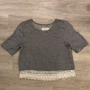 Black & White Striped Abercrombie & Fitch T-shirt